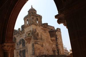 Architectural heritage of Gujarat, Prag Mahal, Bhuj