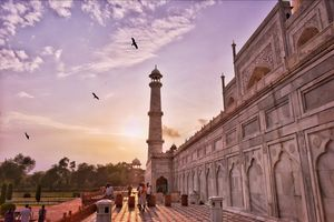 Taj Mahal - a luxurious beauty!! #incredibleindia