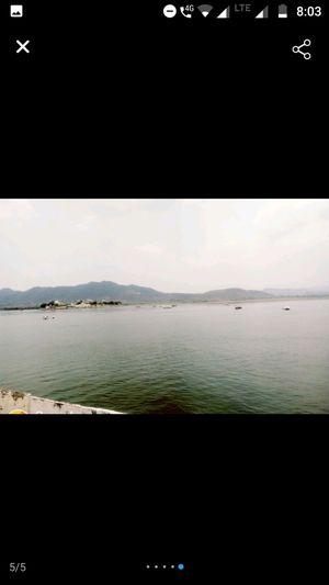 Udaipur's pride : City Palace and Fatehsagar Lake