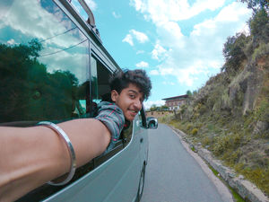 Duniya mein jeena hai to travel kar pyaare! #selfiewithaview #tripotocommunity