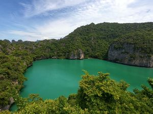 Ko Mae Ko Lake, Ang Thong National Marine Park, Thailand