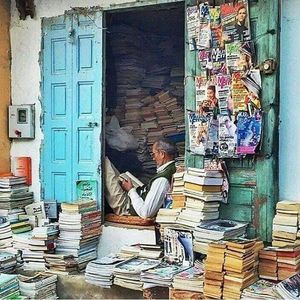 A Bibliophile's Guide to The Best Book Markets in India