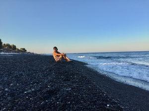 Kamari Beach 1/undefined by Tripoto