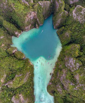 5 Days : 5 Islands