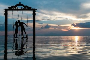Fly to These 5 Romantic Destinations with Bae Without Breaking the Bank