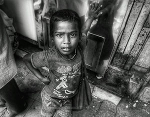 Everyone is self made king in this city. Streetphotography. #BestTravelPicture @tripotocommunity