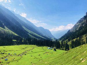 Lidder valley, Kashmir. @tripotocommunity