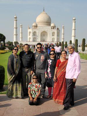 #BestTravelPicture  Family Trip In Agra At Taj Mahal