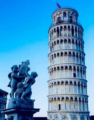 If you suffer from OCD, you'd want the leaning tower of Pisa to be straight! #BestTravelPictures
