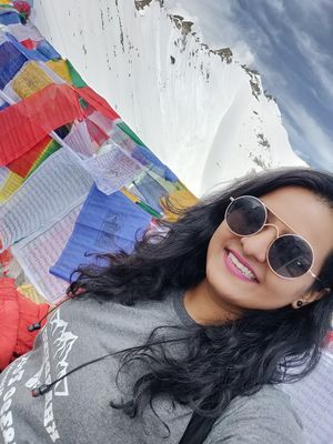 At the khardung La Top..... #SelfieWithAView #Tripotocommunity