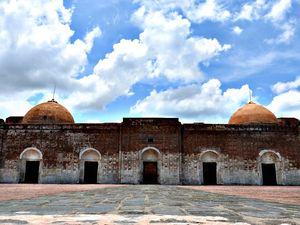 Interior of Katra mosque #besttravelpictures