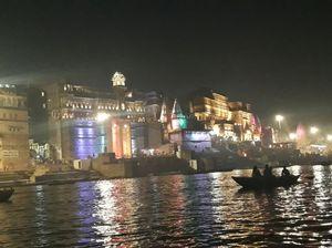 Shiva ke Nagri- varanasi #ganga arti #foodie paradise #UP Tourism