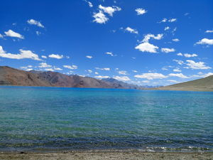 Breathtaking view of Pangong Tso #Changla #ladakh #Blue Lagoon