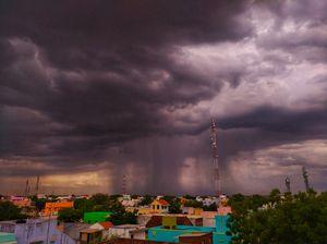 Ascending monsoon with Descending rain⛈???? #BestTravelPictures