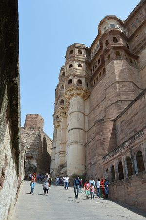Trip to Jodhpur : Mehrangarh fort and other attractions.
