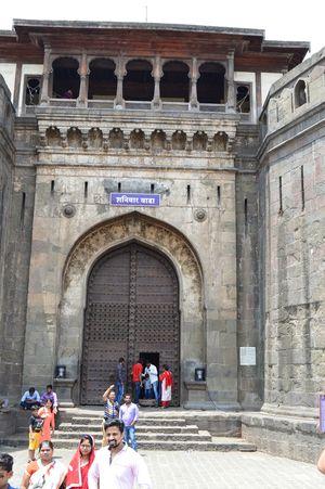 Trip to Pune - Part I(Shaniwar wada, Dagduseth, Sarasbaug, Katraj jain temple)