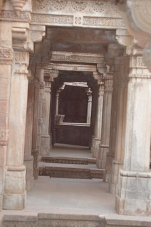 Adalaj Step well : An Ancient step well of ahmedabad.