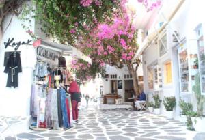 Mykonos: Island Hoppin'