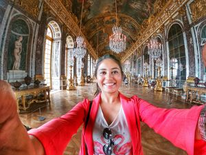 Palace of Versailles. And I am in the famous Hall of Mirrors.???? #SelfieWithAView #TripotoCommunity