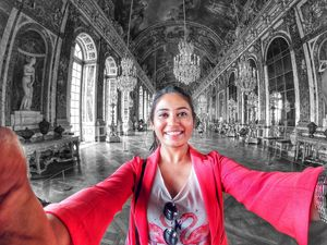 Palace of Versailles. And I am in the famous Hall of Mirrors. ???? #SelfieWithAView #TripotoCommunit