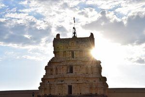 India's ancient wonderland - Hampi