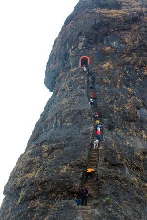 Trek Through 80 DEGREE Slope : Harihar Fort