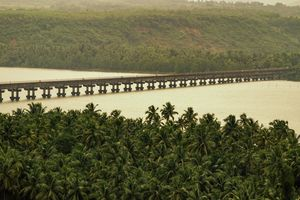 Jog - Honnavara - Murudeshwara - Kundapur - for the love of waterfalls and coastline