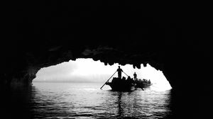 Into the depths#finding a way to light#castway#halong bay#vietnam