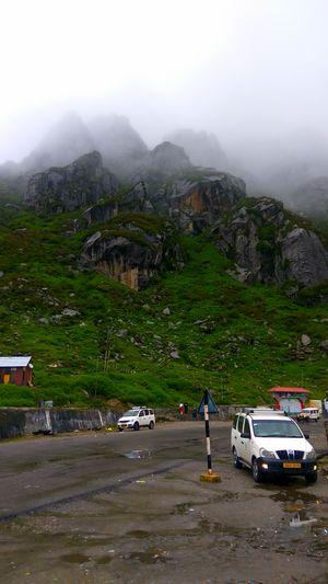 While going to Nathula paas
