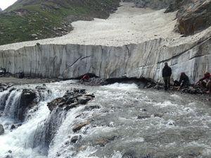 Over Dealdy Sach Pass to Ladakh