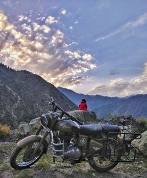 A Bike Trip to the Border Villages of Tanghdar and Teetwal in North-West Kashmir #adventureactivity