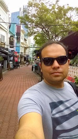 #SelfieWithAView #TripotoCommunity Street view