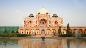 11 Must visit attractions of Golden Triangle !!