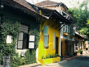 A mix of Portugal and Dutch in South India. Fort Kochi or Art Kochi?