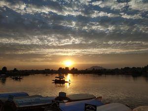 When markets  float on water, Dal lake