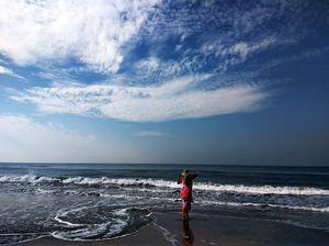 My love for beach is eternal. #tripotocommunity #mandrembeach #goa