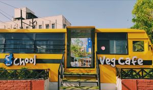 "This cafe in Jaipur will let you relive your s""chool"" life !!"