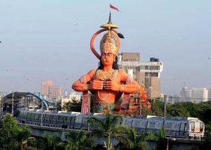 Explore all of Delhi on Metro's Yellow Line !