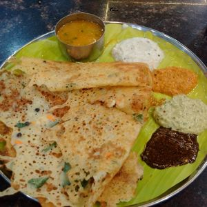 Food tour across Madurai- The King of South Indian foods : Part-1/2 #southindiaitinerary