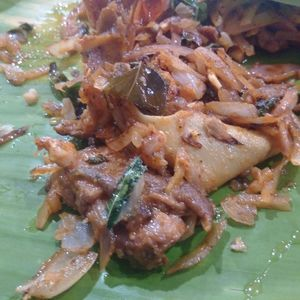Food tour across Madurai- The King of South Indian foods : Part-2/2 #streetfoodindia