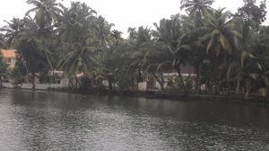 Alleppey: a story of the beach, the boat and the backwaters