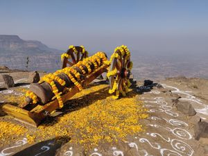 Mesmerizing trek | 45 min max.to complete | Paradise top view