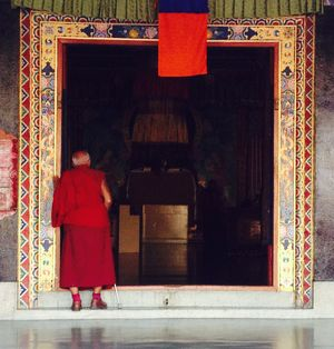 #monk#prayers#monastrey#tripotocommunity @tripotocommunity