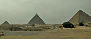 Visit the oldest of the 7 Wonders of the Ancient World – the spectacular & mythical Pyramids of Giza