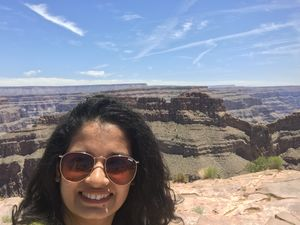 Beautiful colors of the mile-deep Grand Canyon. #selfiewithaview#Tripotocommunity#