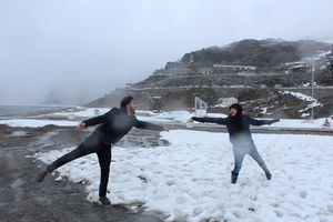 When you first time feel the snow.. you definitely got to go crazy.. #tripotocommunity