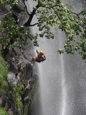 180 feet waterfall rappelling : Ganpati gadad , Murbad #adventureactivity