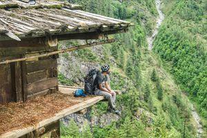 Backpacking through Himalayas