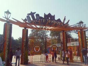 Waste To Wonder Park, Delhi (कबाड़ से तैयार विश्व के सात अजूबे एक जगह)