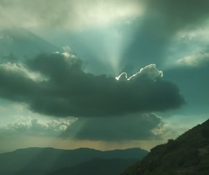 Dont forget : beautiful sunsets need cloudy skies - Paulo Coelho #sunsethunter @tripotocommunity